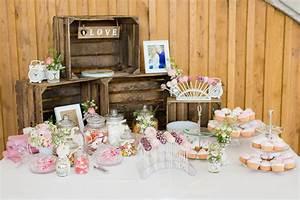 Was Gehört In Eine Candy Bar : stilvolle candybar f r eine hochzeit in 2020 hochzeitstorte brautpaar candy bar hochzeit ~ A.2002-acura-tl-radio.info Haus und Dekorationen