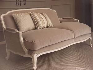 Sofa Für Wohnzimmer : 2 sitzer sofa klassisch lackiert f r wohnzimmer idfdesign ~ Sanjose-hotels-ca.com Haus und Dekorationen