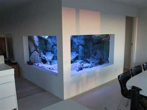 deco maison cuisine ouverte l aquarium mural en 41 images inspirantes