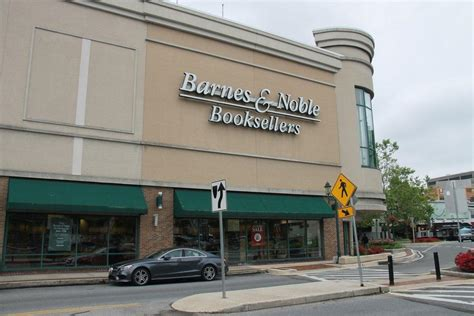 barns and nobles towson barnes noble to closing with last day