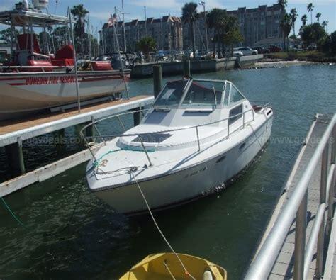 Boat Rentals Dunedin Fl by 26 Foot Tiara 26 26 Foot 1985 Tiara Motor Boat In
