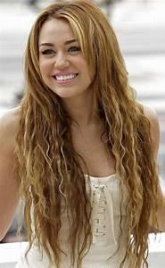 30 Miley Cyrus Hairstyles - Pretty Designs