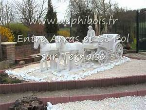 Statuefontainecaleche en pierre reconstituees for Decoration de jardin en pierre 4 dallage