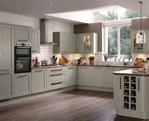 howdens cuisine stunning kitchen unit sizes uk on kitchen design ideas