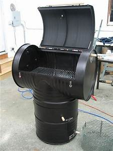 Fabriquer Un Barbecue Avec Un Bidon : 12 r utilisations originales de vieux bidons industriels m talliques ~ Dallasstarsshop.com Idées de Décoration