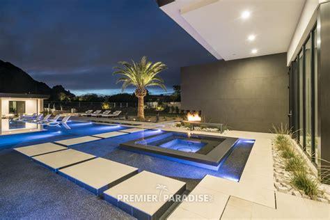 infinity edge pool modern perimeter overflow spa