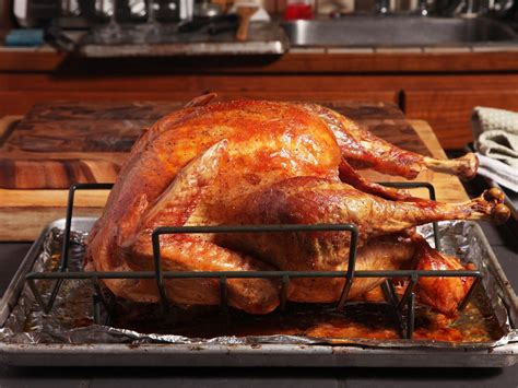 turkey roasting baking food roast pan cook lab steel meat stone eats serious cooking oven cooked thanksgiving ways roasted chicken