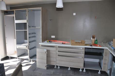 montage cuisine mobilier table montage cuisine schmidt