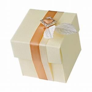 Geschenkschachtel Mit Deckel : geschenkschachtel mit deckel creme der schachtel shop m nchen ~ Markanthonyermac.com Haus und Dekorationen