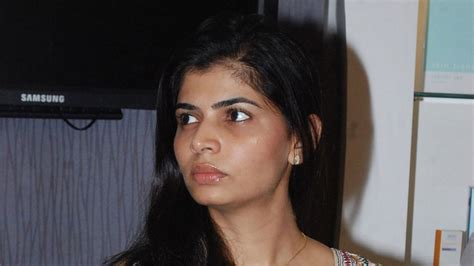 Singer Chinmayi Robbed In The Us