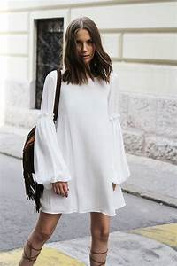 Flowy white dress and lace-up sandals | Street Style ...