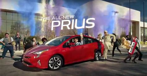 2016 Toyota Prius Hybrid Is 'heck On Wheels' In Super Bowl