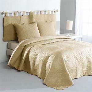 Couvre Lit 3 Suisses : couvre lits jet s de lit linge de lit adulte 3 suisses ~ Teatrodelosmanantiales.com Idées de Décoration