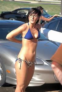 Bikini car wash pics