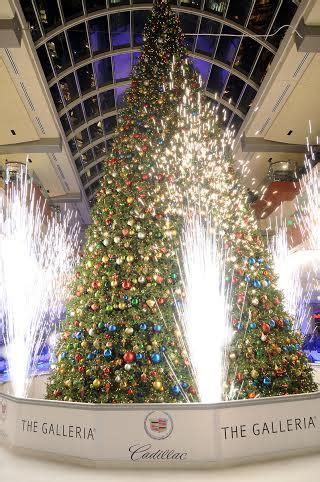 thabksgiving tree lighting housron free weekend in houston november 14 16 houston on the cheap