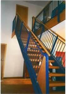 Stahltreppe Mit Holzstufen : innentreppen von schinko ~ Orissabook.com Haus und Dekorationen