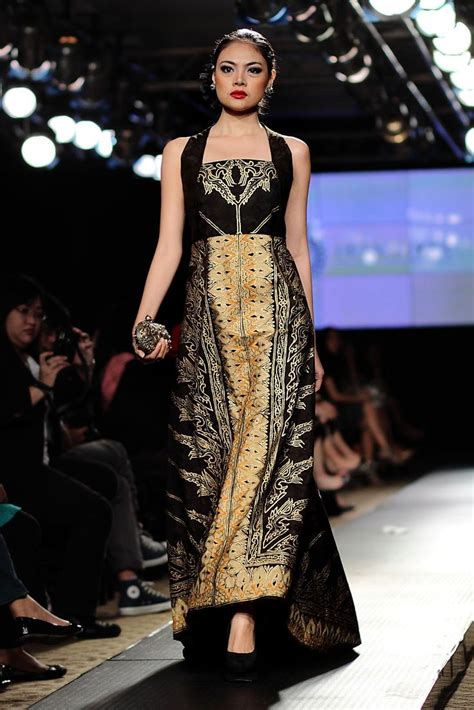 black long batik dress iwan tirta royal wisdom
