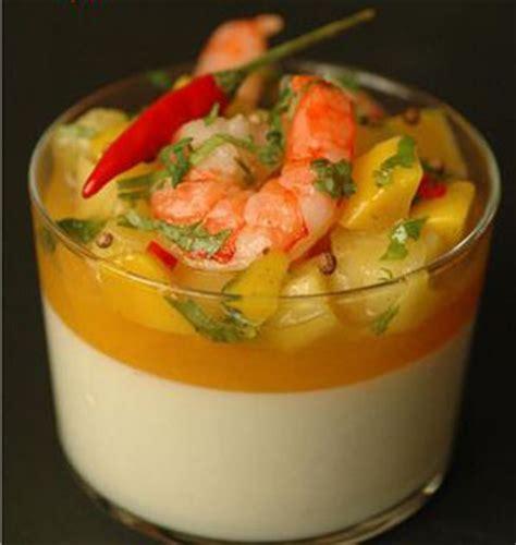 jeux de cuisine salade panna cotta salée lait de coco fruits exotiques épices