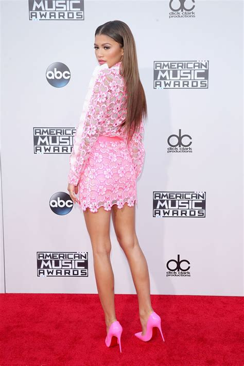 Zendaya – 2015 American Music Awards in Los Angeles ...