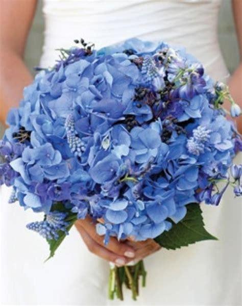 bos bloemen crematie le mariage bleu bleu bouquet de mariage 2064344 weddbook