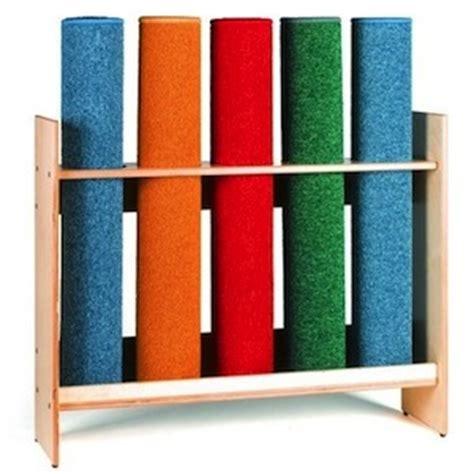 rangement pour les tapis le coin montessori