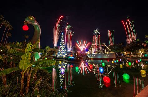 disney world christmas ultimate guide disney