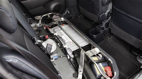 toyota prius  hybrid  battery location boron