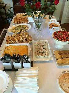 Idée Repas Nombreux : bridal shower brunch brunch menu ideas traiteur ~ Farleysfitness.com Idées de Décoration