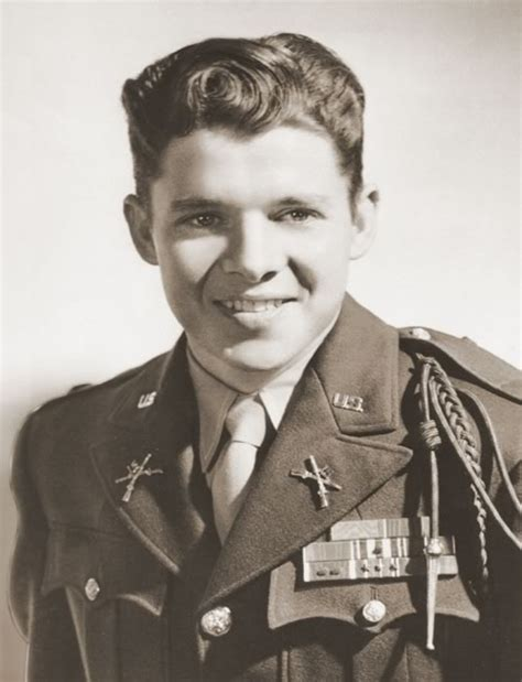 Most Decorated War Hero by Audie Leon Murphy June 20 1924 May 28 1971