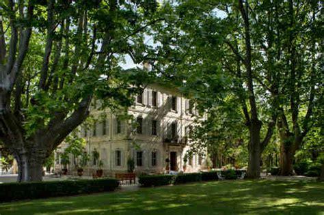 chambres d hotes de charme arles chateau des alpilles office de tourisme de rémy de