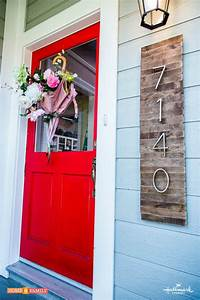 DIY House Numbers Sign Adds Curb Appeal