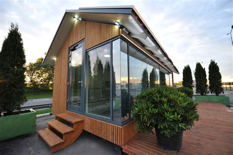 Off Grid Smart House, 3d Printed By A Robot  Electronic House