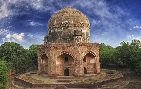 8 Amazing Historical Places In Lahore You Might Not Know About