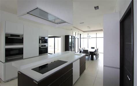 cuisine ilot centrale design cuisine design avec îlot central les bains et cuisines d