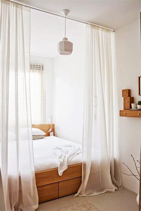 cloison pour separer une chambre aménager chambre studio coach déco studio séparer