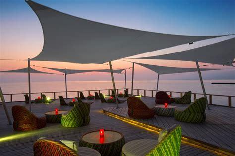 vele per terrazzi ingenua vela ombreggiante con fissaggio a parete o con