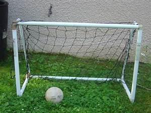 Cage Foot Enfant : photo jeu cage de foot ~ Teatrodelosmanantiales.com Idées de Décoration