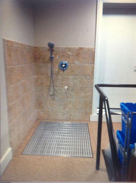 dog shower  garage dog shower dog rooms pet grooming tub