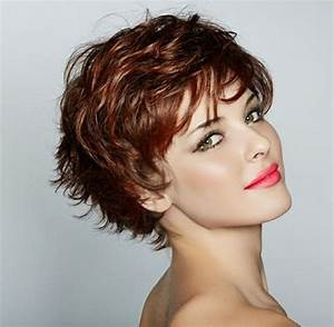 Cheveux Court Bouclé Femme : coupe de cheveux court pour cheveux boucles femme coiffures populaires ~ Louise-bijoux.com Idées de Décoration