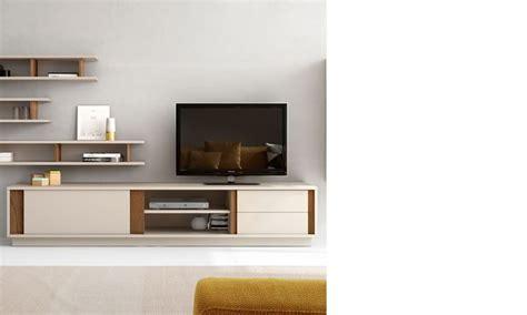 cuisine style cagne 1000 idées sur le thème meuble tv blanc laqué sur