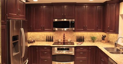 where to buy kitchen cabinets shaker door style custom cherry kitchen cabinets with a 1717