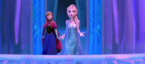 frozens elsa wins  retail  anna   real leader