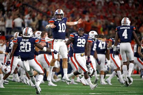 Auburn vs. Kentucky Preview - Packed Out Sports