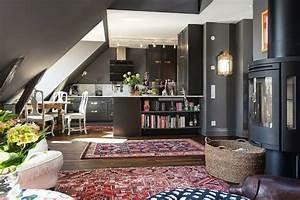 Appartement Sous Comble : d co grise dans un appartement sous les combles ~ Dallasstarsshop.com Idées de Décoration