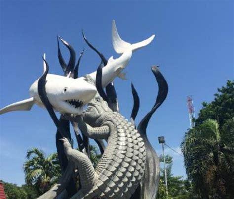 ikan suro  boyo  picture  suroboyo monument surabaya tripadvisor