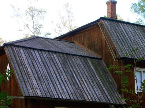 roofing  tarred planks seurasaari open air museum