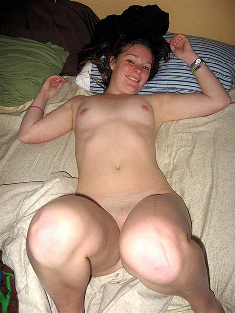 Petite And Horny College Teen Girlfriend Having Sex Nude