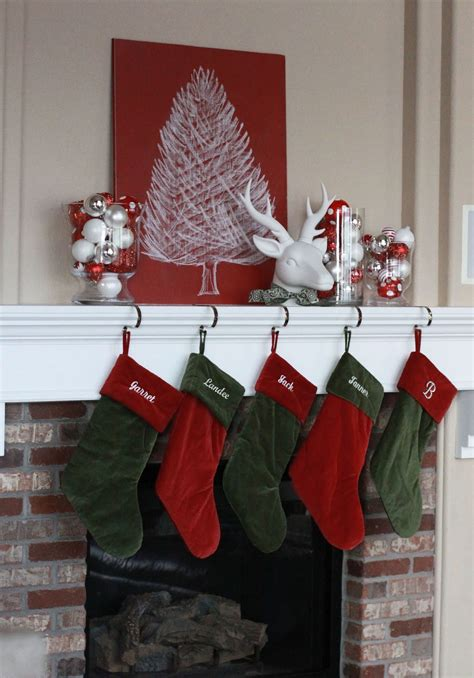 20 Christmas Mantel Decorations Ideas For This Year