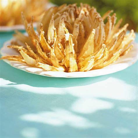 cuisine asiatique recette fleurs d 39 oignons frits ricardo