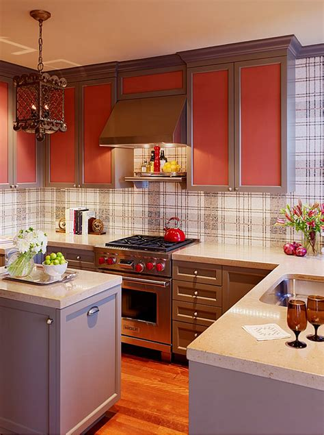 2015 Kitchen Summer Trends Consider Glass Backsplash